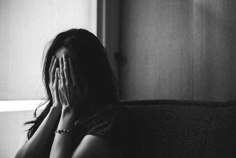 6 Kaksinaamaista Asiaa, Joita Henkisesti Hyväksikäyttävä Puoliso Laittaa Sinut Käymään Läpi
